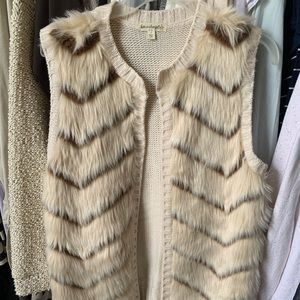 knit vest with fur overlay in the front